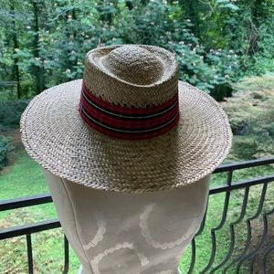 "Toucan ladies straw hat. Approx. 22"" diameter."